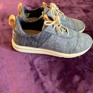 Toms Navy Chambray Mix Women's Cabrillo Sneakers